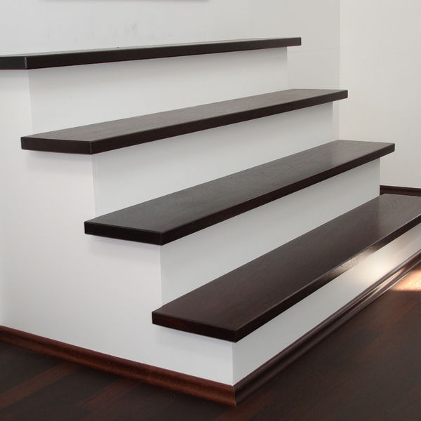 Réalisation de demi niveau avec escaliers et finition des pièces intérieurs